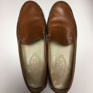 Tod's Leather Round Toe Loafers